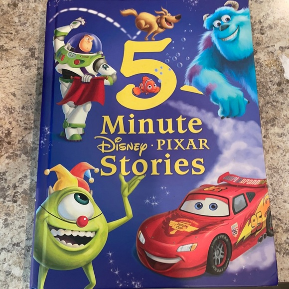 5 minute Disney Pixar stories hardcover book 📕